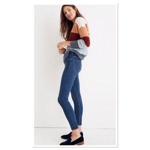 Madewell Pull-On Jeans in Freeburg Wash size 29